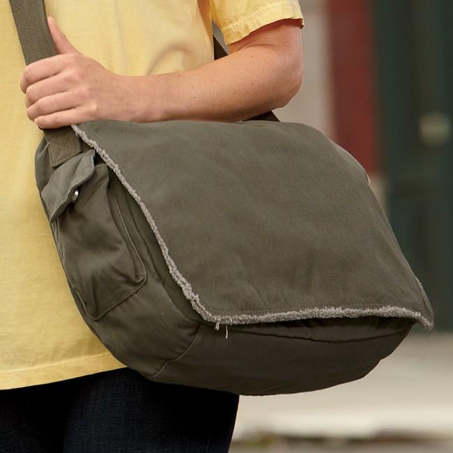 Shoes online. Authentic handbags